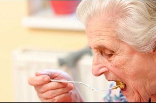perdida de apetito en adultos mayores